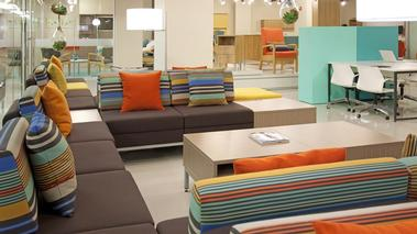 NeoCon 2015 - Mobilier institutionnel