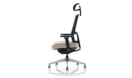 United Chair - Expression - Expression_M11_E3_MME_DL02_SYN_P_APC_CC_CM4D_HR_Side