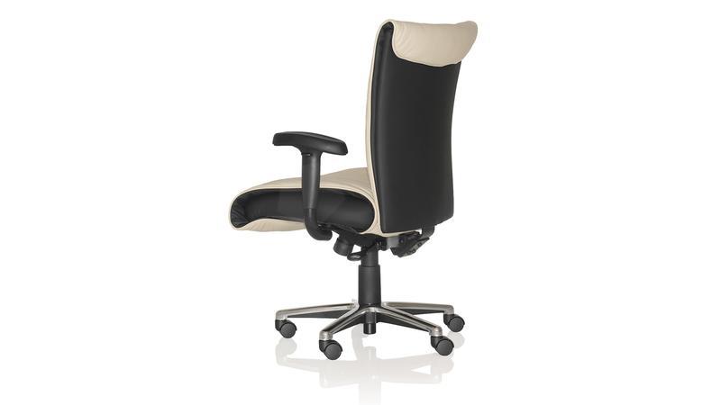 Attirant United Chair   Fortune   Fortune_FNM11_E3_DLV02_STB_P_PCB_HDW_3D3
